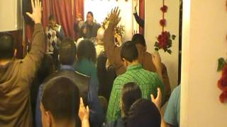 Evangelista Alexander Lopez Adorando a Dios