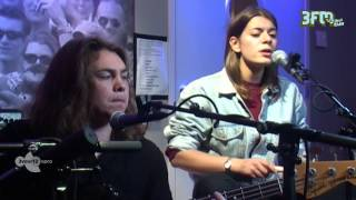 Bombay Bicycle Club - Feel, Live bij 3voor12 Radio