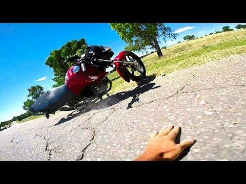ME CAI DE LA MOTO | CG NEW TITAN | Nico Vega