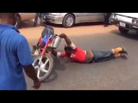 Sarkin Ganganci Allah ya tsare (Hausa Songs / Hausa Films) thumbnail
