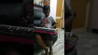 Unakkenna venue sollu-srs keyboard music