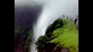 reverse waterfall ulta dhabdhaba At  Sandhan Vally bhanadardara