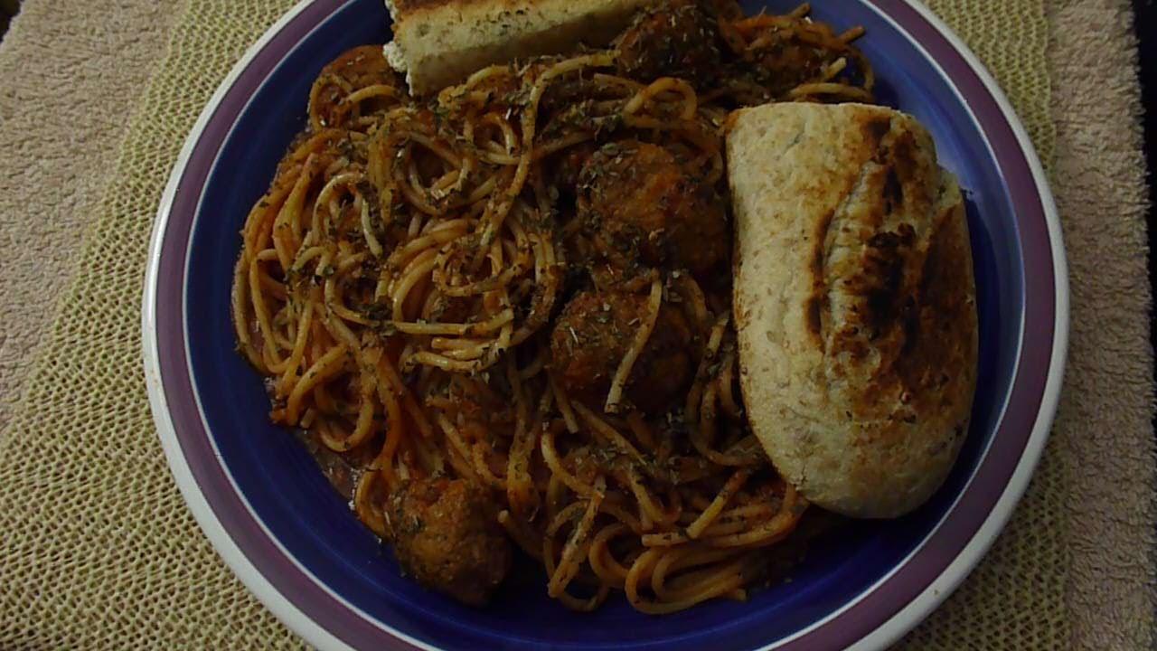 Pasta with garlic bread recipe