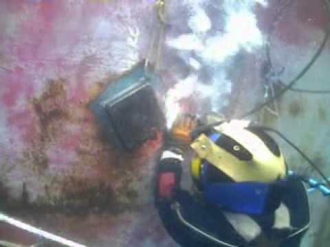 Underwater Ship Welding.mpg