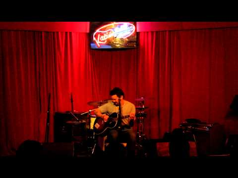 Mike Zito performs a solo acoustic gig at Katie's in Bacliff - 10:3:2012.MOV