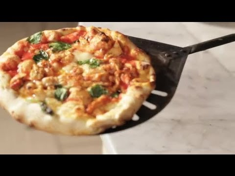 Italian Pizza: Pizza With Chicken & Asiago Cheese