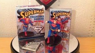 Mega Mini Kit Superman Figurine, Pendant and Book
