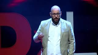 Por qué debes pensar en el contenido que consumes (noticias, series...) | Tomás Ocaña | TEDxLeon