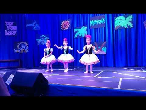 Adriana 4 year old ballet show #2