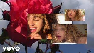 Смотреть клип Ella Eyre - L.O.V.(E).