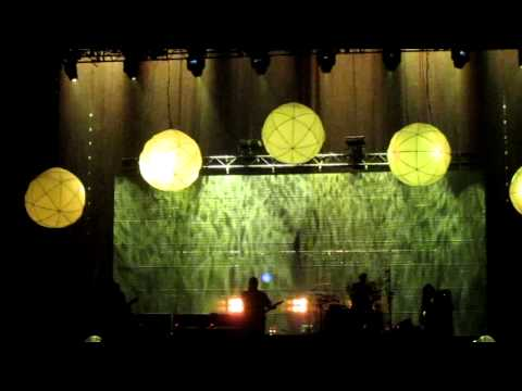 The Pixies - Weird at School and Bailey's Walk (live in Victoria, May 5 2011) mp3