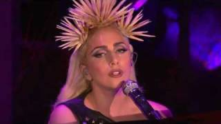 Lady Gaga Monster/Bad Romance/Speechless Medley Oprah 15/1/2010