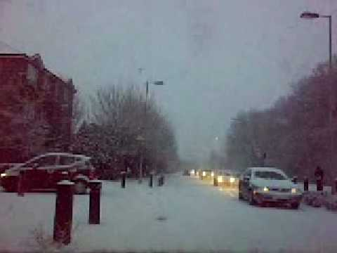 Snow in Fareham...couldnt go to work what a shame!