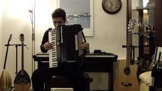 Ελληνικό ποτπουρί ρεμπέτικων - λαϊκών τραγουδιών Greek potpourri folk-rebetiko songs with accordion