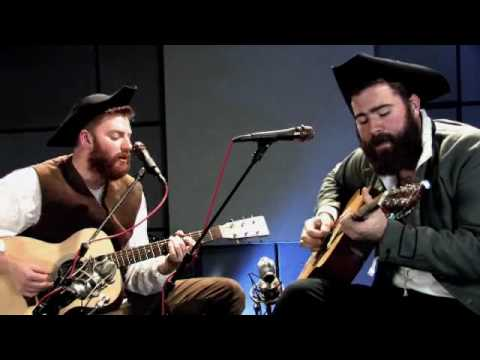Four Year Strong- One Step At A Time (Acoustic on Flag Day)