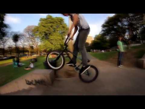 HELMET Freestyle Wear - Berni BMX Freestyle #SUMMER17