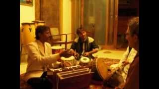 Cheb i Sabbah - OptiMystiK Recording Session w/ Munshi Khan, Chugge Khan, Nathu Lal.avi