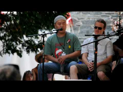 Amazing Grace by Tuvan Throat Singer at the 2009 Lowell Folk Festival