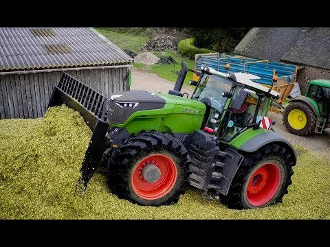 FENDT 1050 + BIG X 1100 Krone at SILAGE