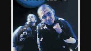 Uomini Di Mare Feat. Esa & Dj Inesha - Sindrome