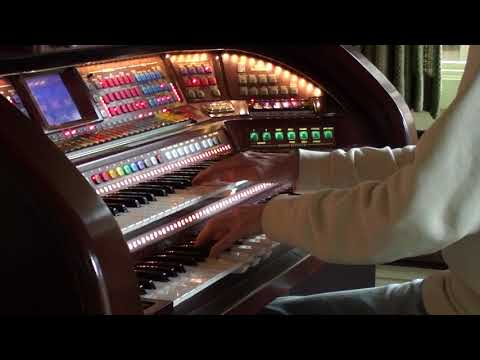 """Walter Hammel Plays, """"The Sweetheart Tree"""", On  the Lowrey Prestige Virtual Orchestra"""