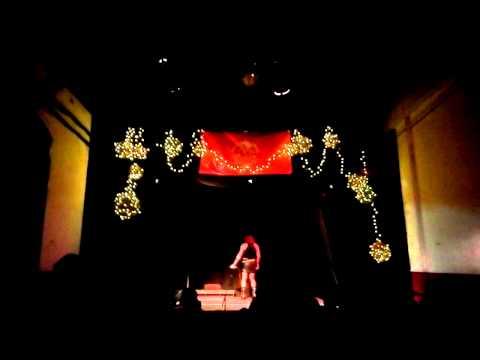 En Femme Trans Art Cabaret local diables de Sant Andreu