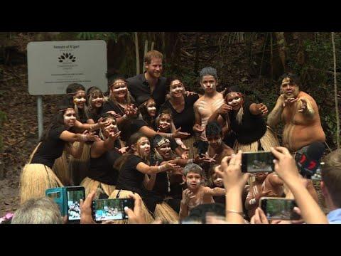 Prince Harry unveils plaque on Fraser Island in Australia