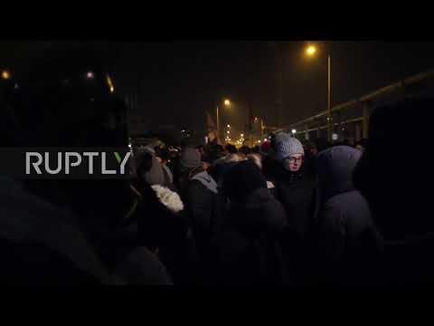 Hungary: Thousands hit Budapest over Orban's controversial '