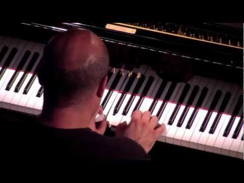 """""""PIANO B"""" - ALBERTO TAFURI - """"La bambola"""" - Brescia, 15/07/2011"""