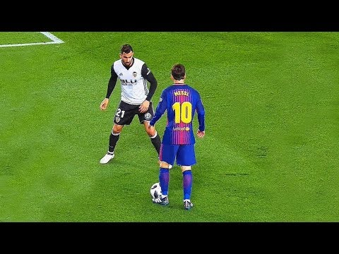 Lionel Messi nutmegs who destroyed players