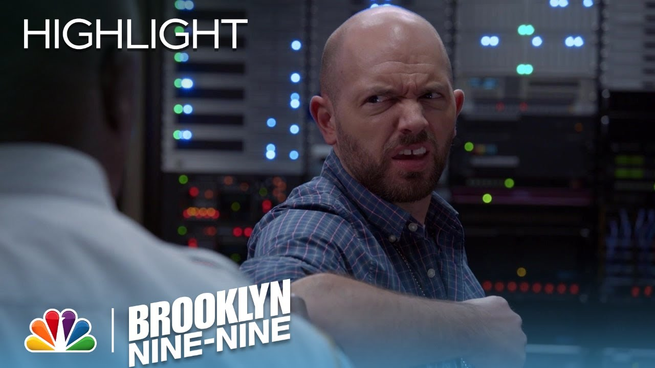 Brooklyn Nine-Nine - Terry and Holt Deal with the Slow Internet (Episode  Highlight)