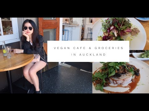 A Day in My Life - Vegan Cafe & Organic Groceries (in Auckland) - VLOG #1