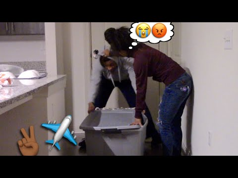 IM MOVING OUT PRANK ON GIRLFRIEND. *SHE CRIED😢*