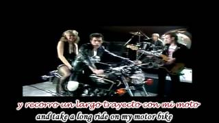 Queen - 'Crazy Little Thing Called Love' Subtitulado Español Ingles HD