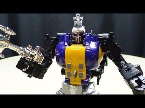 FansToys GRENADIER (Masterpiece Bombshell): EmGo's Transformers Reviews N' Stuff