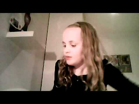 Victoria sweet's Webcam Video from April  9, 2012 02:02 PM