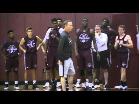 Texas A&M Men's Basketball Team holds first 2015-2016 practice