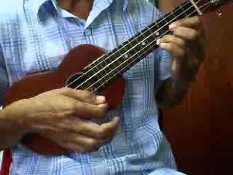 ไม่มีตรงกลาง ukulele by julaey