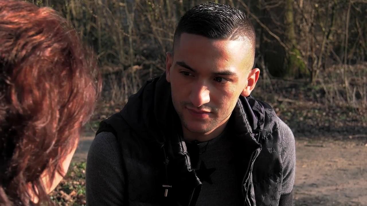 Hakim Ziyech vertelt openhartig over zijn jeugd.