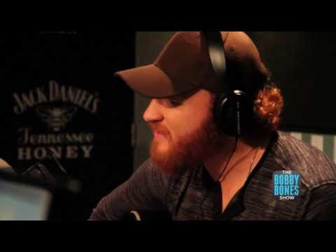 Eric Paslay Performs Willie, Clapton and U2