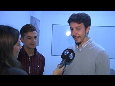 Nicolás Casado y Carlos Duarte, el joven que escribió su CV a mano