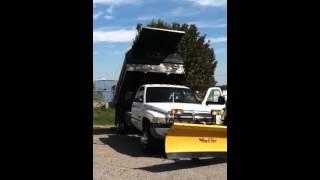 Lot 3: 2002 Dodge Ram 3500 Dump Truck - Bed Raising