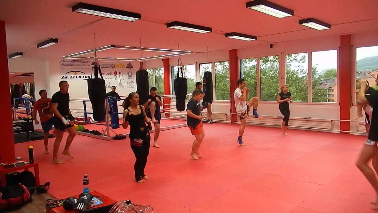 Training thaiboxen kampfsportcenter st gallen youtube for Innendekoration st gallen