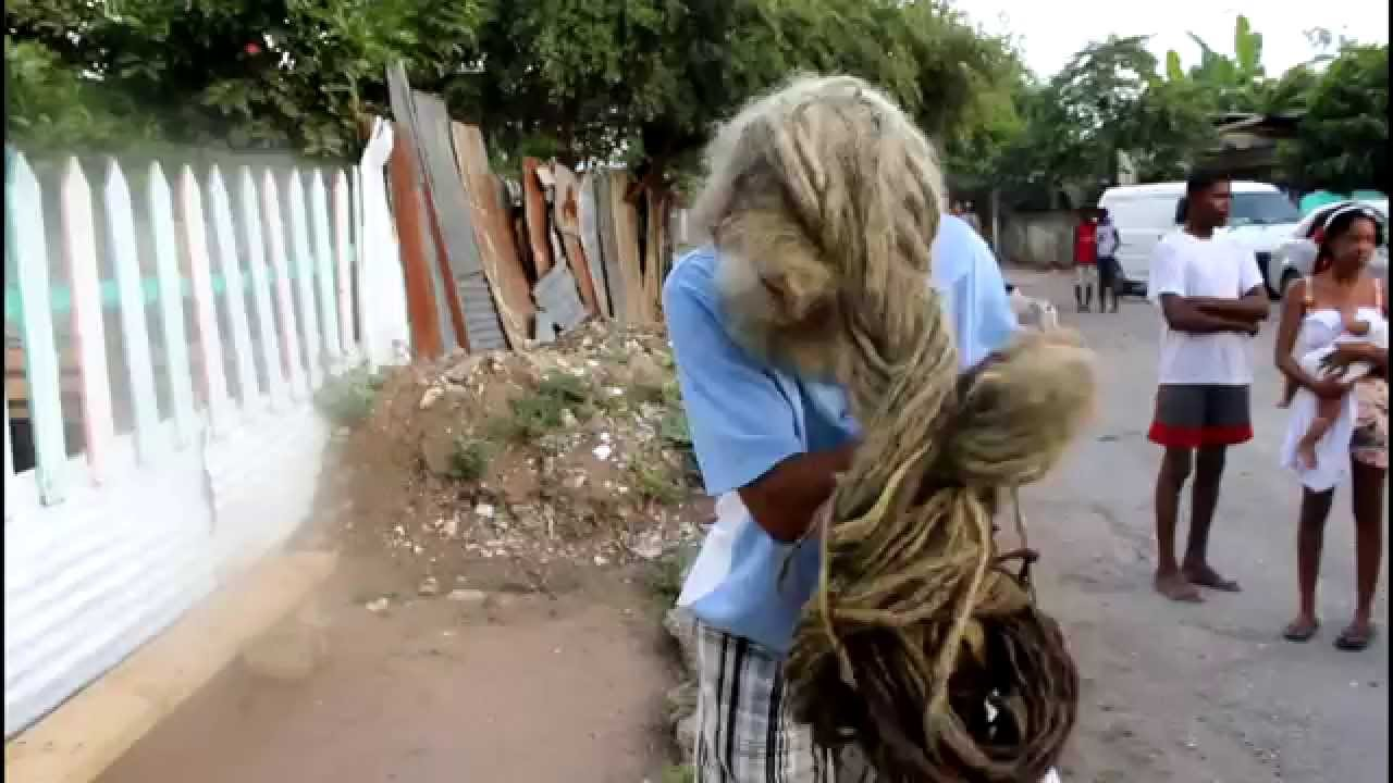 THE LONGEST HAIR ON A RASTAMAN... GROWING FOR 40 YEARS ...