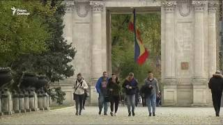 Пятерых российских дипломатов выслали из Молдавии
