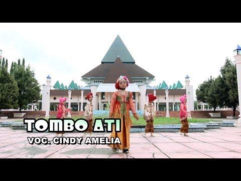Download Lagu Cindy Amelia - Sholawat Tombo Ati