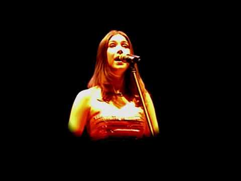 Bridal Ballad - Hayley Westenra in concert - Manchester 2004 [subtitles are available]