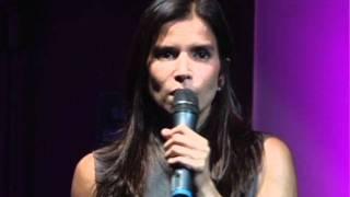 Y el cambio comienza en nuestros niños | Patricia Velásquez | TEDxTepuy