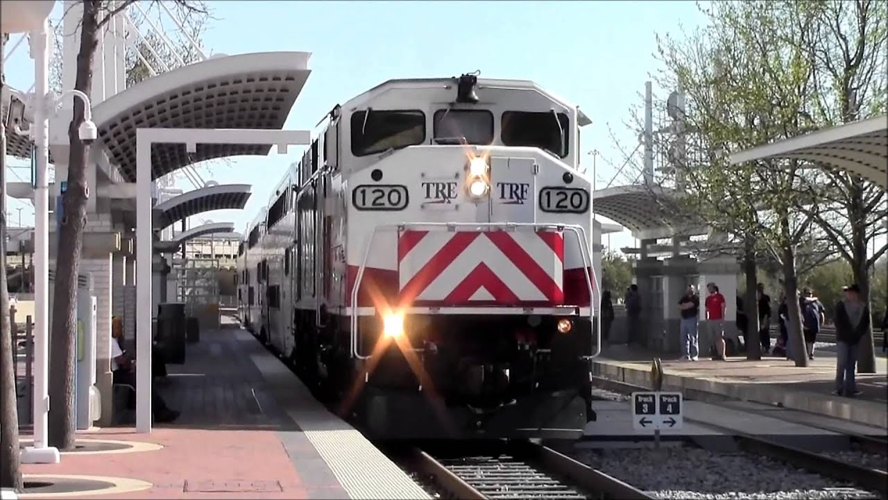 Dart tre and amtrak actions at dallas union station 3 12 for Tre v arreda srl
