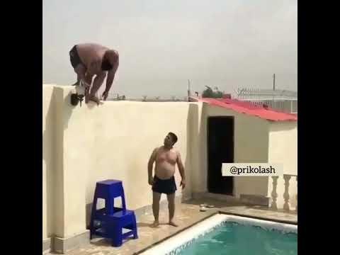 OoO Adam suya atliyor dehşet